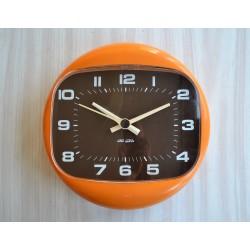Horloge orange Jaz modèle...