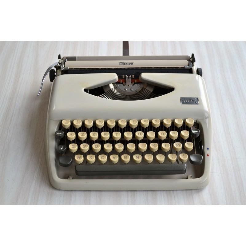 Machine à écrire portative Triumph modèle Tippa 1960s