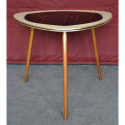 Table tripodes en verre...