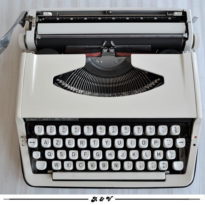 Machine à écrire NOGAMATIC 400