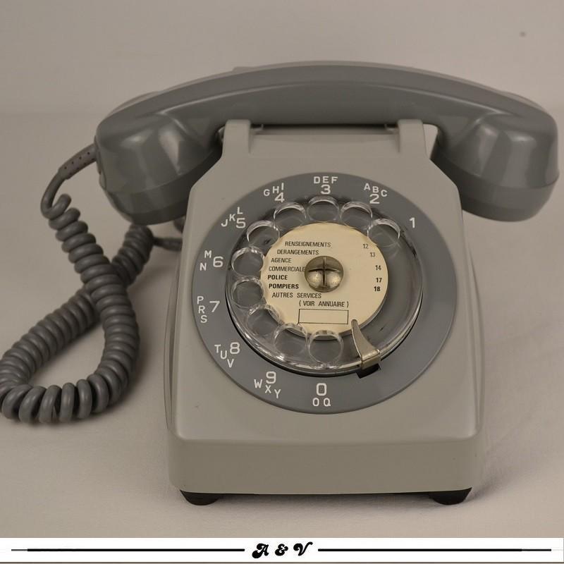 Téléphone Socotel S63 gris à cadran - vintage 1980s