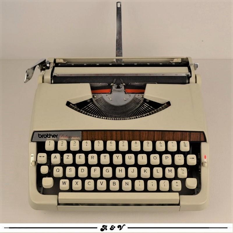 Machine à écrire Brother Deluxe 900 - vintage 70