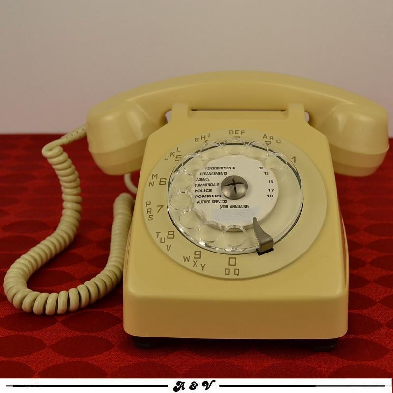 Téléphone vintage Socotel S63 à cadran, 1975, France