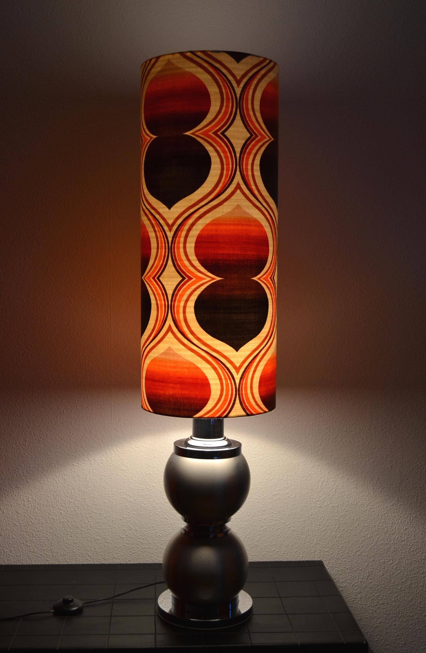 Lampe de sol Double Pique - abat-jour vintage 1970